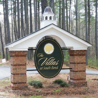 villas at vIr apartment sign appliqued prismatic letters on hdu background with gold leaf from classic signs nc320x240