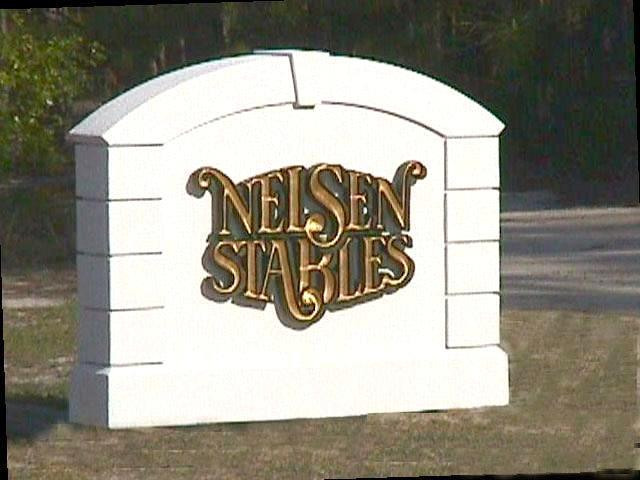 nelsen eps stucco monument hdu vgroove gold leaf letters 640x480