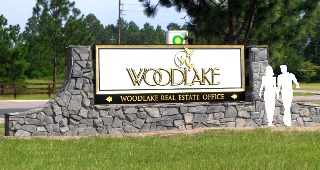 woodlake 23kt goldleaf appliqued letters sign classic signs nc 300x170