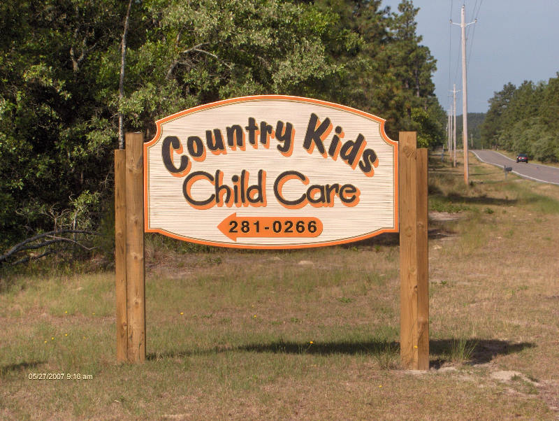 country kids daycare sandblasted hdu sign artificial woodgrain classic signs nc 800x600